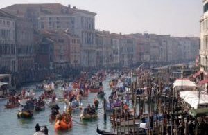 Will tourists be able to sink Venice?